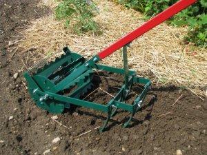 инструмент для механического удаления сорняков